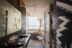 dpsuw-bathroom-0029-hor-clsc