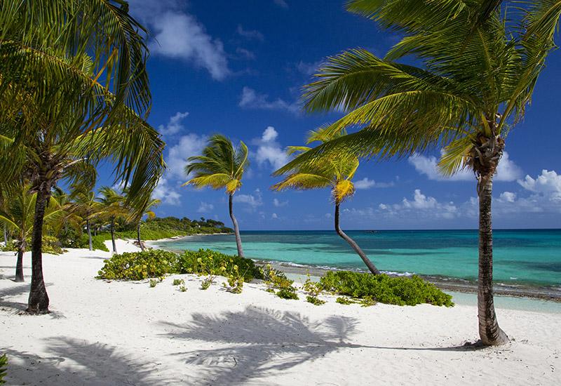 jumby-bay-island-antigua-beach-5