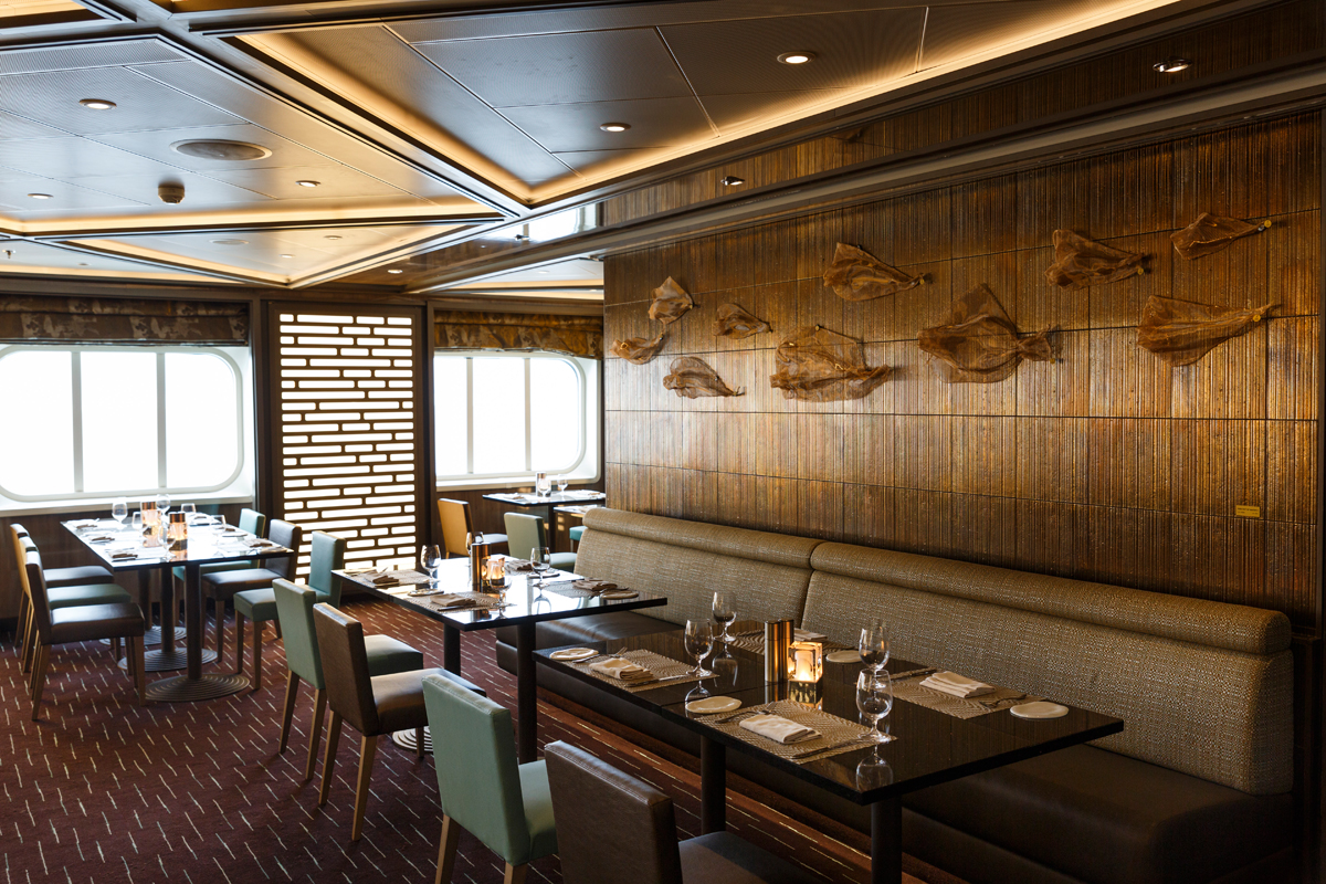 silversea-luxury-cruise-silver-spirit-restaurant-indochine-3.jpg