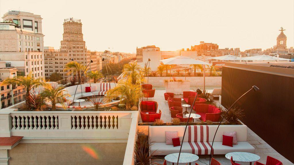Almanac Barcelona-119455-24-pool_and_rooftop-15.jpg