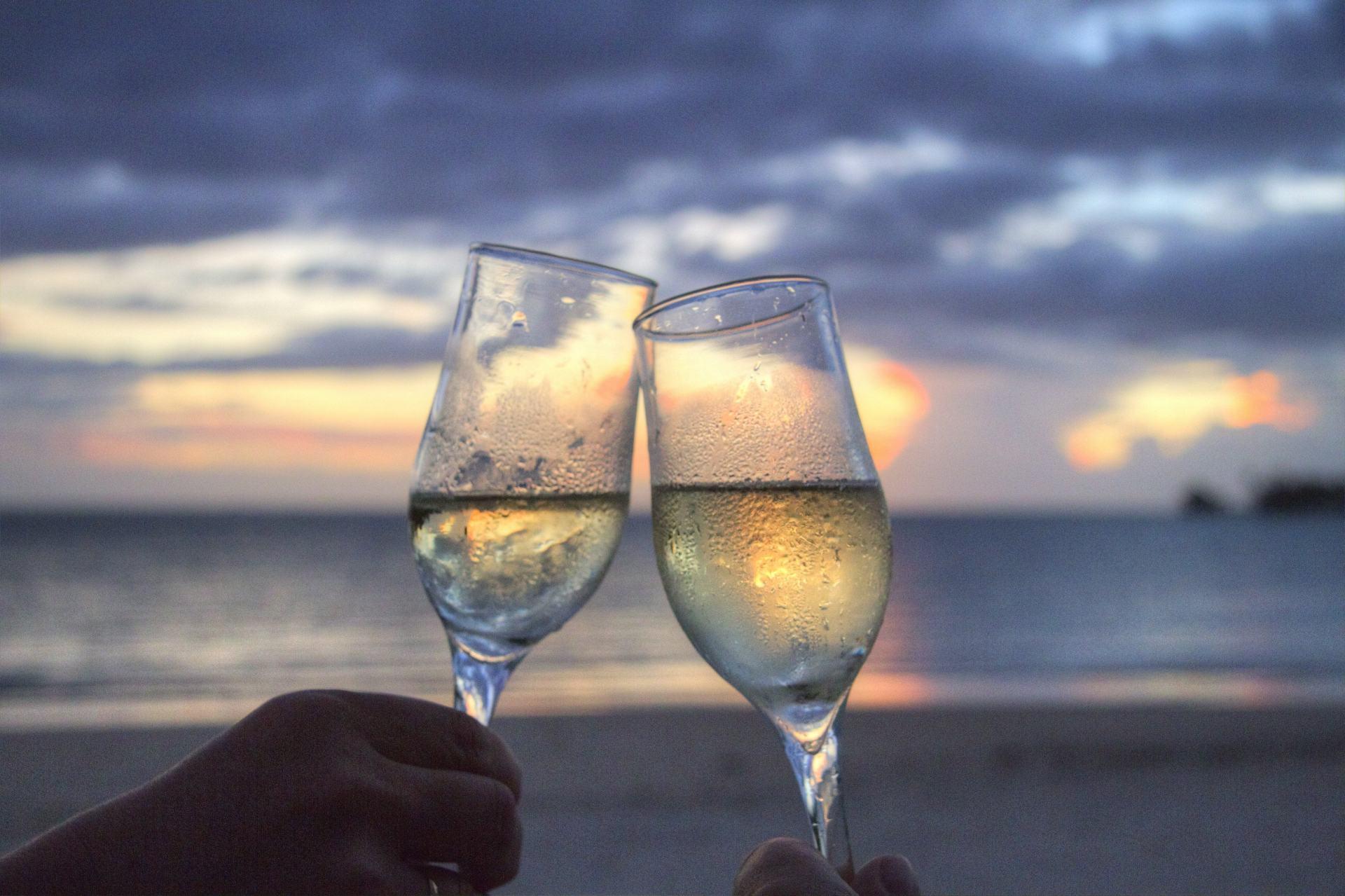 beach-champagne-cheerful-2145