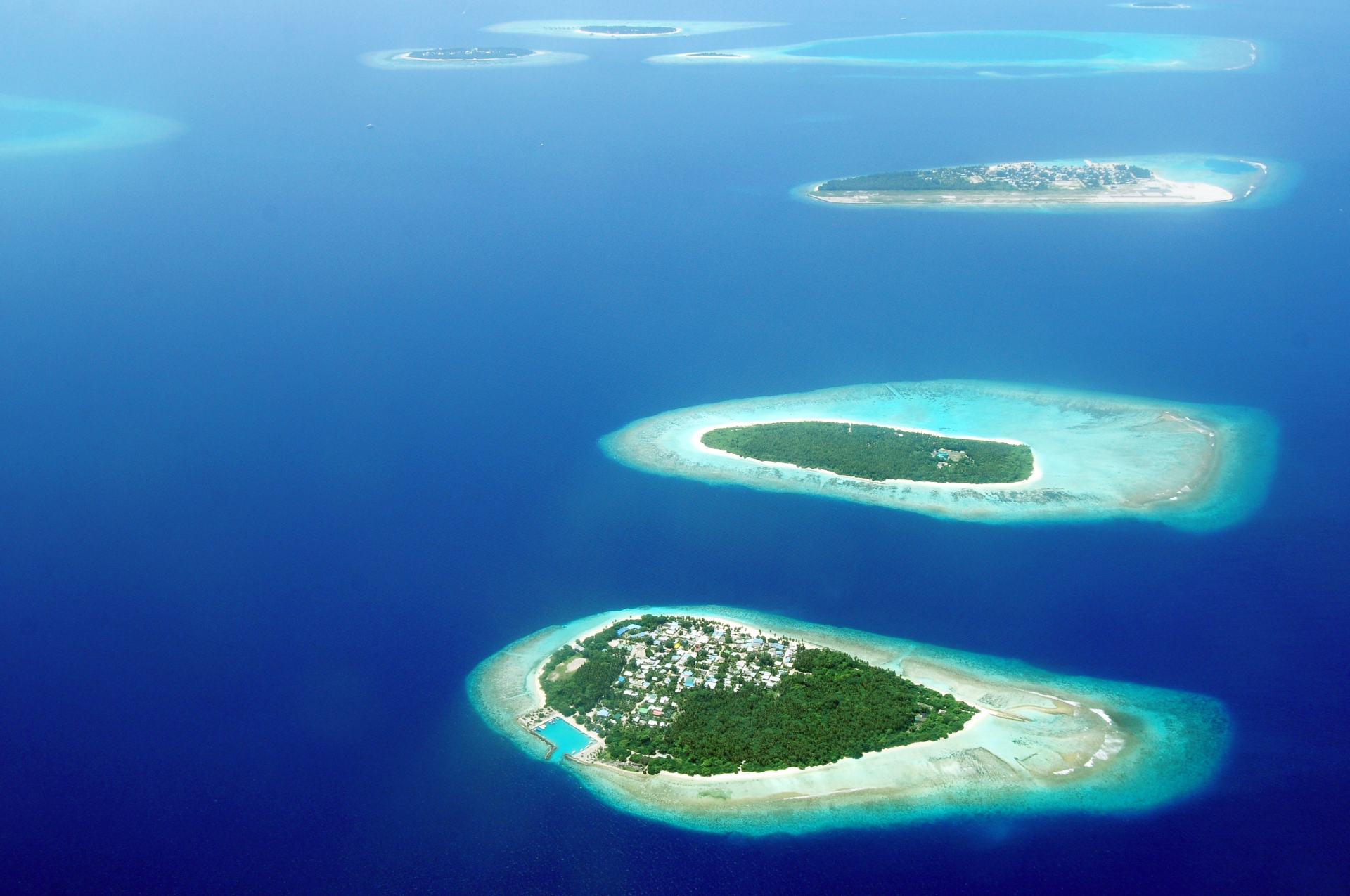 bird-s-eye-view-photography-of-islands-1268869