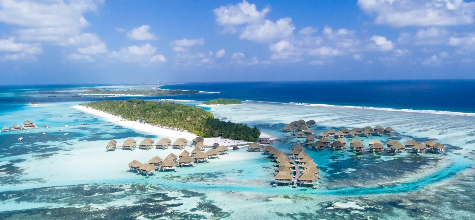 assorted-beach-hutts-1287452